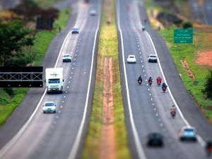 Estradas e Rodovias