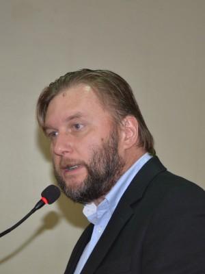 André Jucoski, autor da homenagem