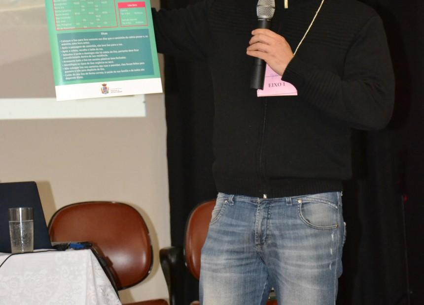 Secretário Daniel Fernandez apresentou o cartaz da Campanha Cidade Linda Cidade Limpa