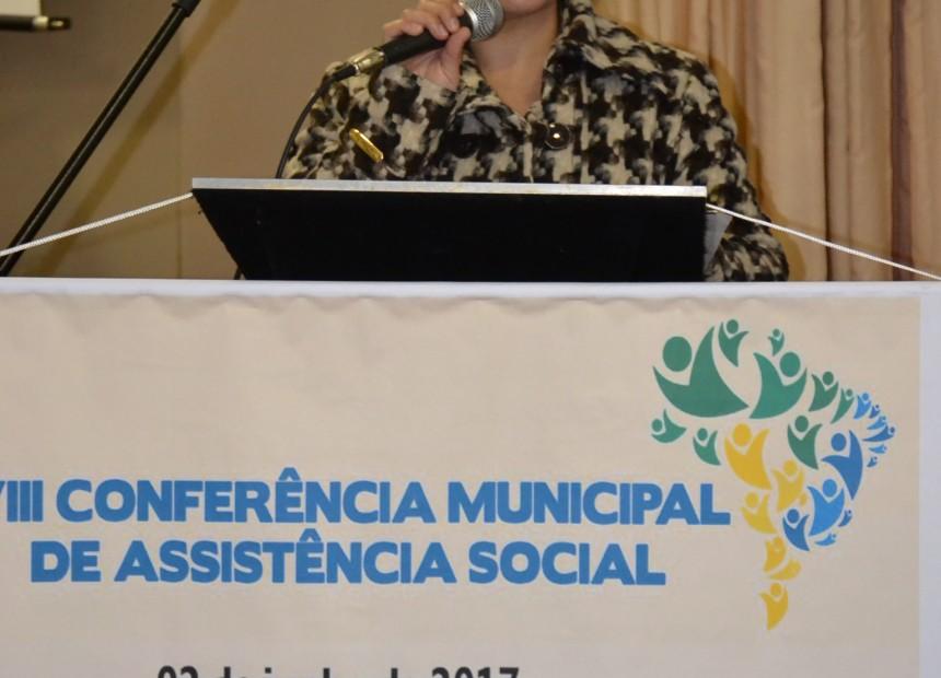 Secretária de Saúde e Assistência Social Graciele Débora Possenti