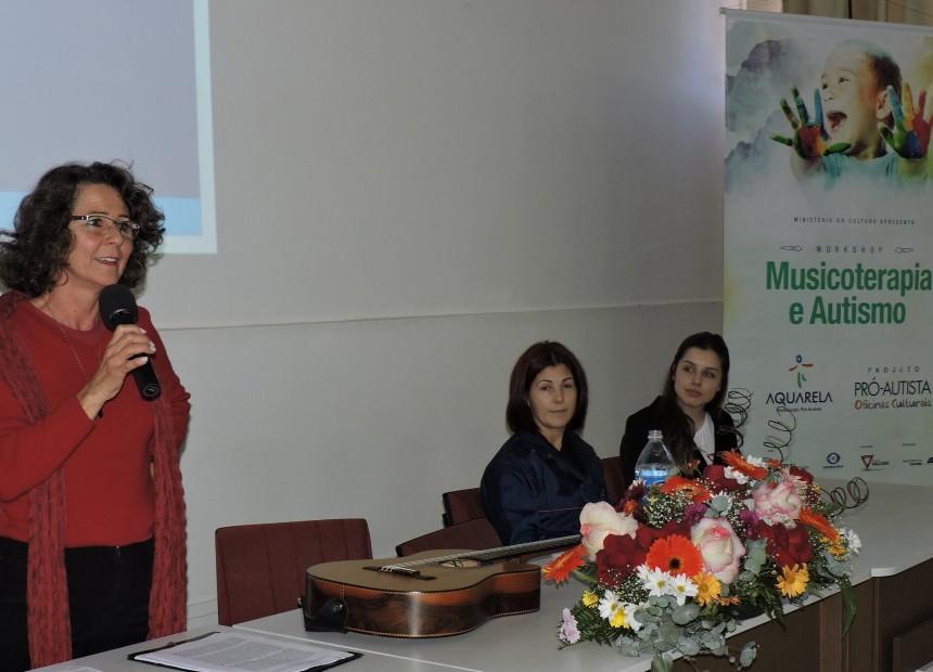 Foto 4 - Clarisse Prestes, Marilei da Rosa e Camila Vaccaro