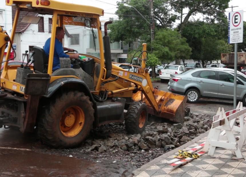 ULTIMO CAPITULO DA NOVELA - BURACO TIRADENTES (1).MOV.Still002