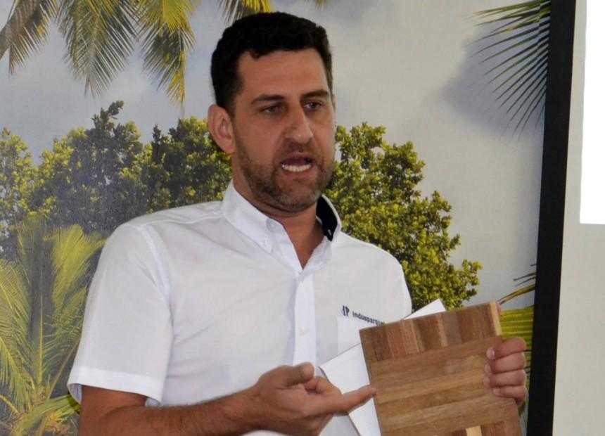 Consultor comercial da Indusparquet, Fábio Valério dos Santos