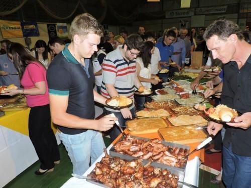 Foto 1 - Jantar Festa do Frango