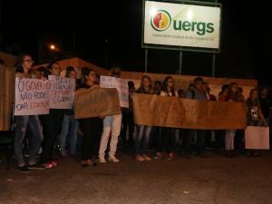 PROTESTO UERGS (16)