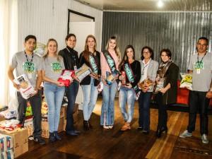 doao-de-alimentos-ao-programa-mesa-brasil_41439070514_o