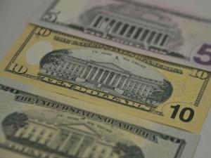 dolares