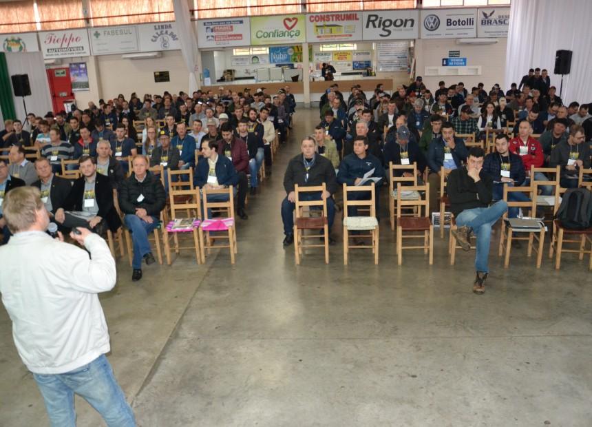 Mais de 250 pessoas participaram do evento