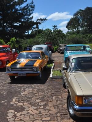 CONIGTI - Exposição contou com 150 veículos de várias categorias