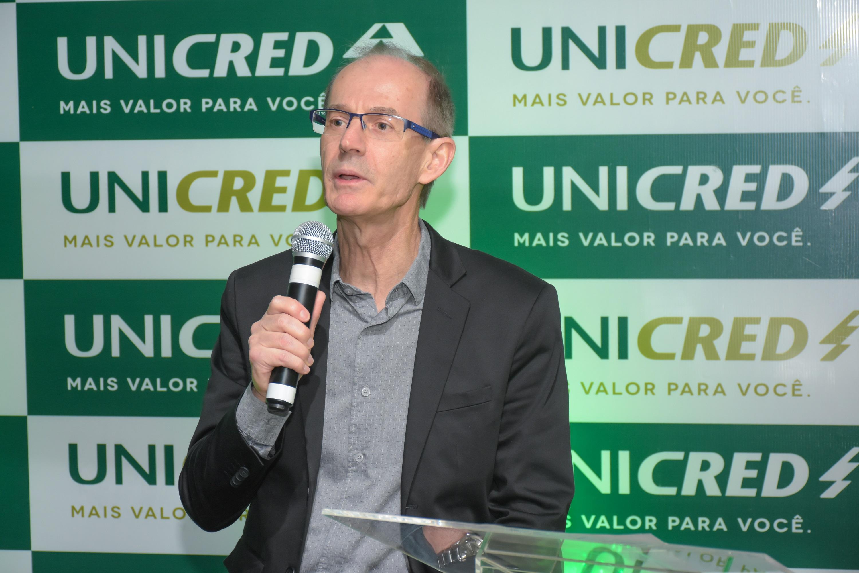 Diretor do Hospital Santa Mônica, Paulo Roberto Dall' Agnol