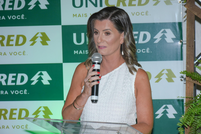 Gerente de Relacionamento da Unicred Agência Santa Mônica, Luana Z. Remor