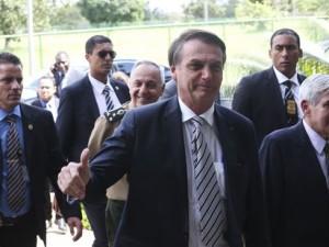 O presidente Jair Bolsonaro visita a Secretaria de Segurança e Coordenação Presidencial do Gabinete de Segurança Institucional (GSI). Acompanha o ministro do Gabinete Segurança Institucional (GSI), general Augusto Heleno.