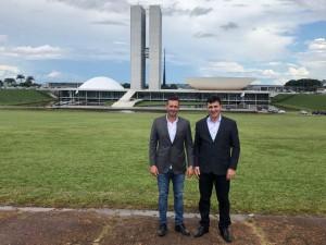 Comitiva de Charrua pleiteia recursos em Brasília