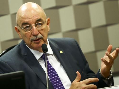 O ministro da Cidadania, Osmar Terra, participa de audiência pública na Comissão de Educação, Cultura e Esporte do Senado para apresentar as diretrizes e os programas prioritários de sua pasta