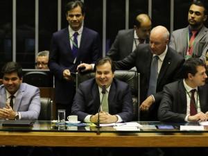 O presidente da Câmara dos Deputados, Rodrigo Maia, durante sessão plenária que aprovou o projeto de lei de conversão da Medida Provisória 870/19, que estabelece a organização básica dos órgãos da Presidência e dos Ministérios.