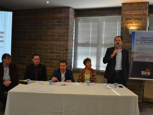 Presidente da ACCIE defente o Projeto de Lei Complementar proposto pelo Deputado Turra