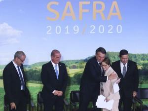 O presidente Jair Bolsonaro e a ministra da Agricultura, Tereza Cristina, durante lançamento do Plana Safra 2019/2020 em cerimônia no Palácio do Planalto.