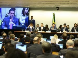 Sessão para apresentação do parecer sobre a proposta de reforma da Previdência (PEC 06/19), na Comissão Especial que analisa o texto.