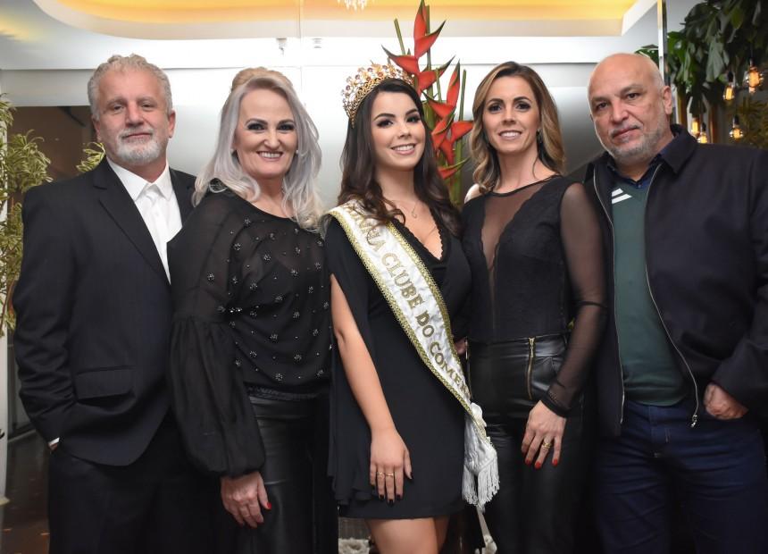 Luiz e Katiamara Badalotti, Rainha Isadora Zago, Magda e Luiz Carlos Zago