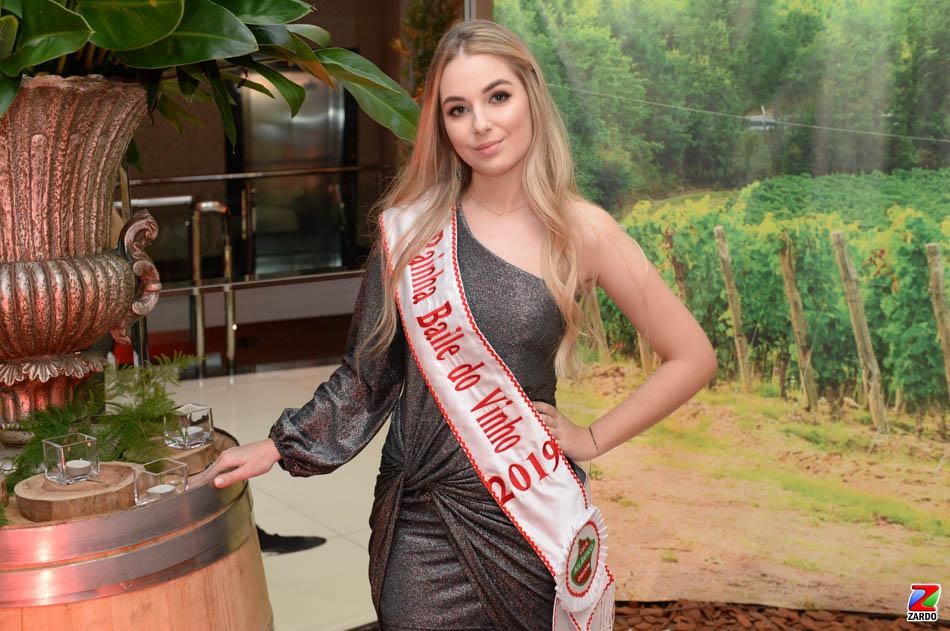 Rainha do Baile do Vinho 2019, Isadora Tonin (3)