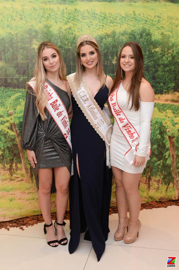 Rainhas Isadora Tonin, Laura Rigotti e Rafaela Gemelli (2)