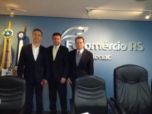 Presidente da Assembleia Legislativa, Luis Augusto Lara com o presidente do Sindilojas Alto Uruguai, José Gelso Miola e o presidente da Fecomércio-RS, Luiz Carlos Bohn