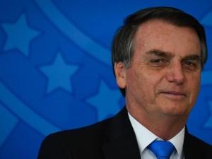 28ago2019---o-presidente-da-republica-jair-bolsonaro-psl-durante-cerimonia-em-comemoracao-ao-dia-nacional-do-voluntariado-realizado-no-palacio-da-alvorada-em-brasilia-1567026648992_v2_900x506