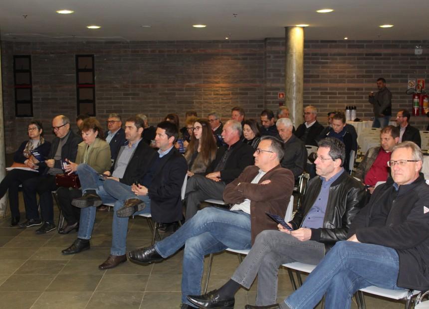Empresários e associados participaram da palestra