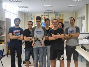 Equipe de Robótica do Marista Medianeira que participa do Desafio