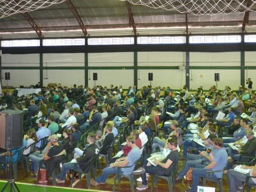 Mais de 400 produtores rurais, técnicos agrícolas e agrônomos participaram do VI Fórum da Soja
