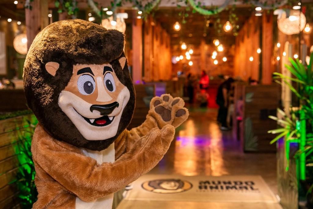 leonel mascote