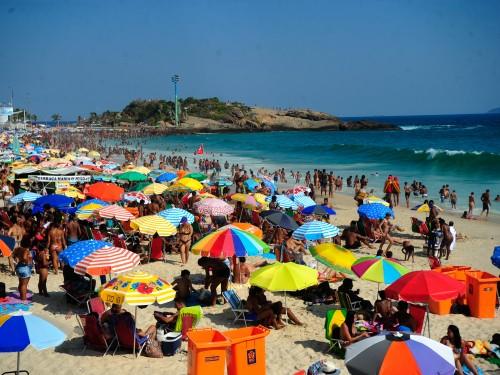 O Movimento Praia Viva, lança campanha de conscientização para manter as praias limpas, evitando a propagação de doenças ,preservação da fauna marinha e a degradação do meio ambiente. (Tomaz Silva/Agência Brasil)