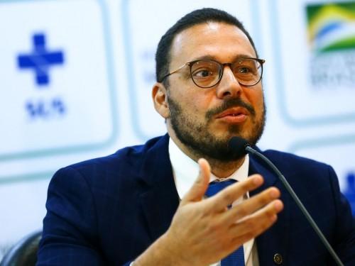 O secretário substituto de Vigilância em Saúde, Júlio Croda,  durante entrevista coletiva para esclarecimentos técnicos sobre o coronavírus da China