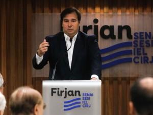 O  presidente da Câmara dos Deputados, Rodrigo Maia, fala  à empresários da indústria, durante encontro sobre os 'Diálogos da Indústria com o Congresso sobre os impactos das reformas estruturantes para o setor industrial', na sede  da Firjan