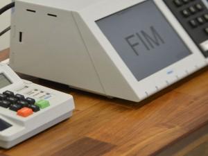 O Tribunal Superior Eleitoral (TSE) conclui a assinatura digital e lacração dos sistemas eleitorais que serão usados nas eleições de outubro (José Cruz/Agência Brasil)