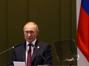 O presidente da Russia, Vladimir Putin, durante Diálogo dos Líderes com o Conselho Empresarial do BRICS