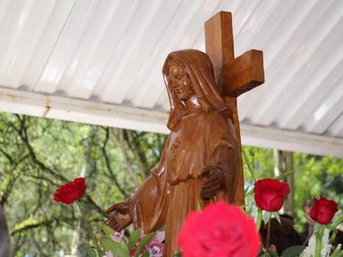 Nossa Senhora da Santa Cruz