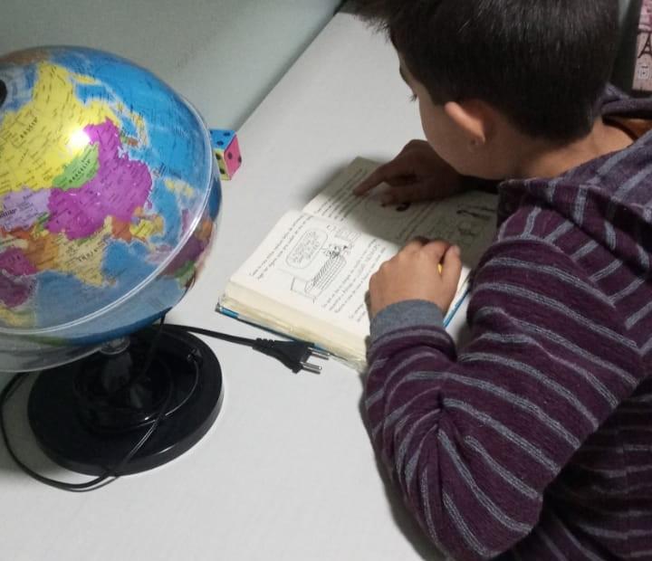 Estudantes realizam atividades no Mês do Livro e da Leitura em Charrua 2